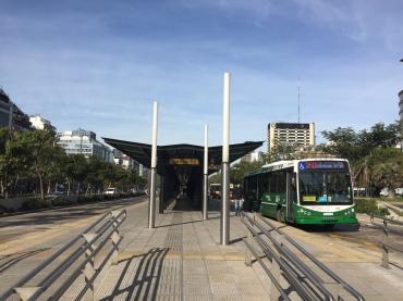 Islas - paradero del BRT