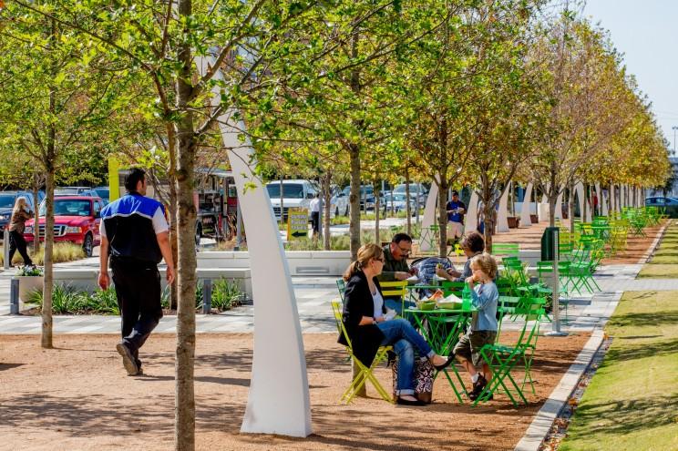 Recuperación de espacios públicos sobre una autopista